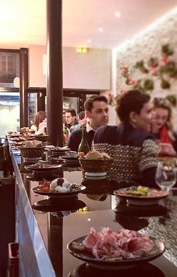 le Carrousel Français bar à vin concept à Paris